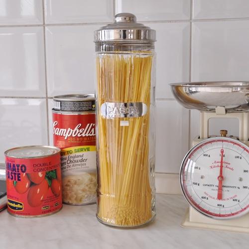 GLASS PASTA JAR
