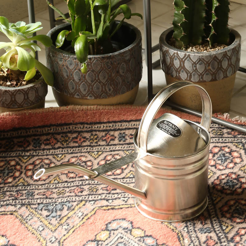 BRASS WATERING CAN 730ml PEWTER