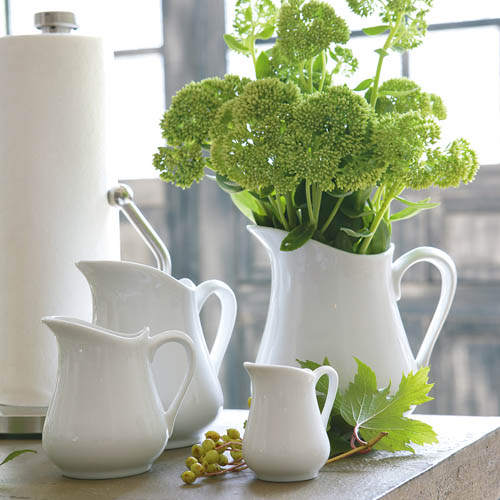 CERAMIC PITCHER-L