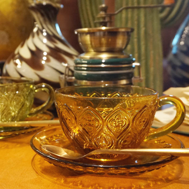 GLASS CUP & SAUCER ''FIORE'' AMBER