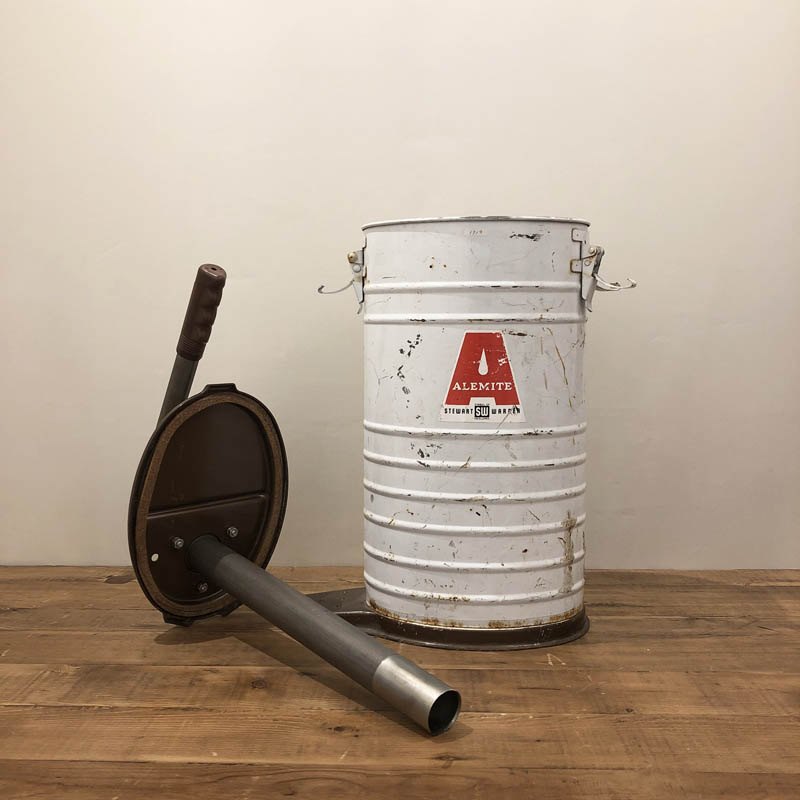 US GREASE CONTAINER
