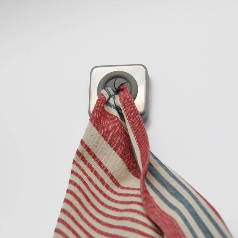TOWEL HOLDER SQUARE