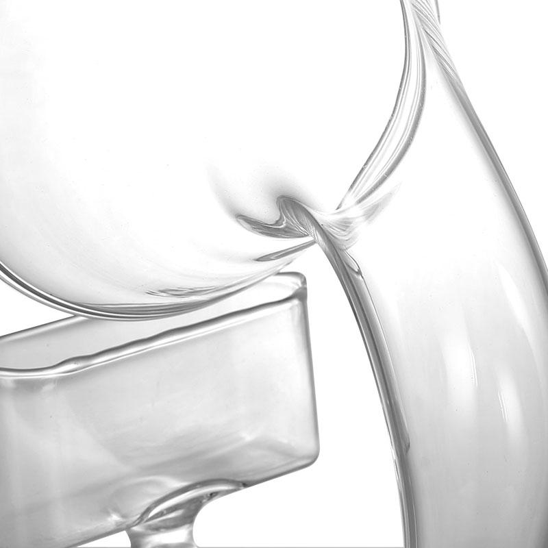 GLASS SOUND EXPANDER
