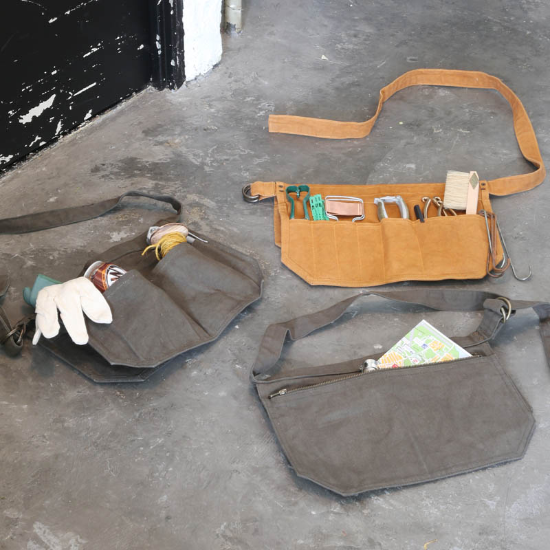 WAX CANVAS MULTIPURPOSE TOOL BAG CAMEL