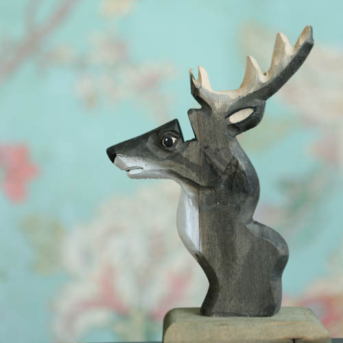 WOODEN GLASSES HOLDER SAFARI  DEER