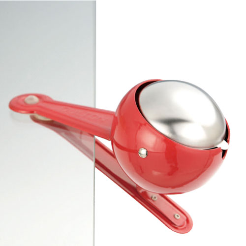 WINDPROOF CLIP ASHTRAY RED