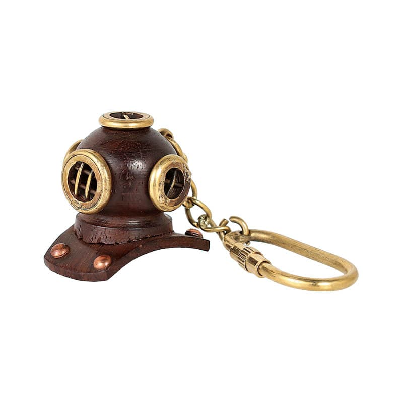 DIVING HELMET KEY HOLDER