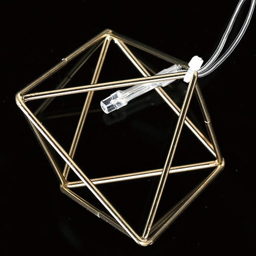 DAZZLING LIGHT DIAMOND SHAPE GD